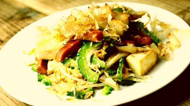 沖縄料理とパクチー うるま食堂 - メイン写真: