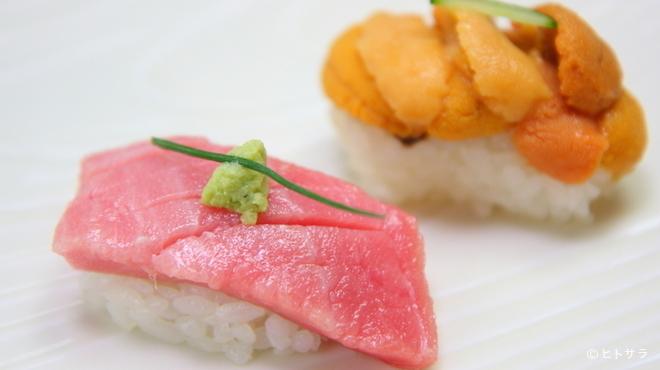 江戸長寿司本店 - 料理写真:旬の味わいと新鮮さをたっぷりと堪能できる『握り寿司』