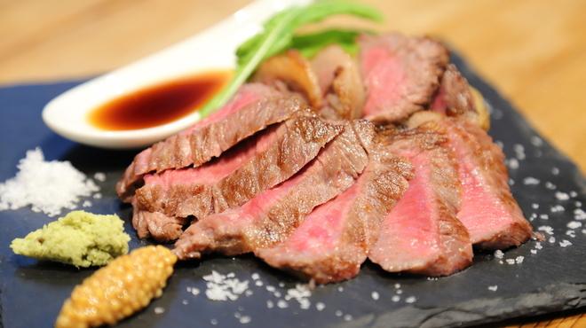 肉炉端 sumibi - 料理写真:お客様の9割がご注文になる甲州ワインビーフ!