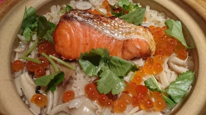 麦麦あらためて… - 料理写真:鮭とイクラの炊き込みご飯