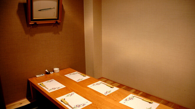 和肴 鉄板 アキラ - 内観写真:個室の座敷もあります。