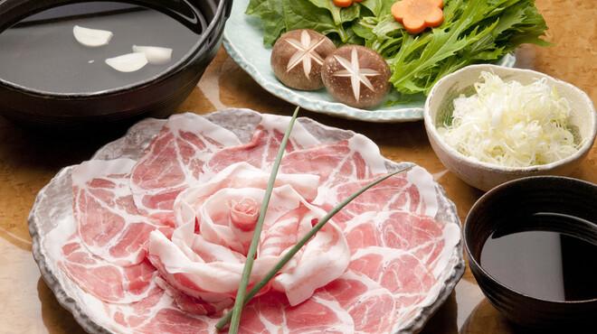 たん右衛門 - 料理写真:薩摩黒豚しゃぶしゃぶ.