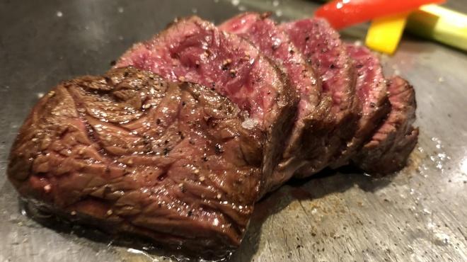 鉄板焼 天 - 料理写真:特選ハラミステーキ