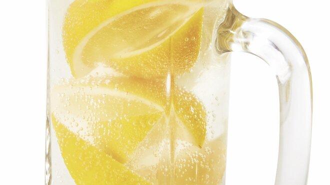 牛角 - ドリンク写真:まるごとレモンサワー