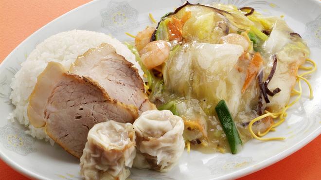 焼賣太樓 - 料理写真:先代が考案したワンプレートランチ!中華ランチは人気№1☆