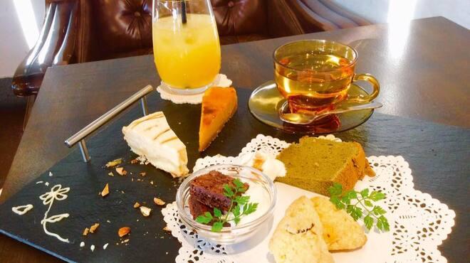 MIRAI restaurant&cafe - メイン写真: