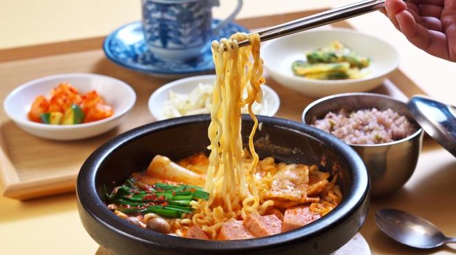 韓定食 トンデムン - メイン写真: