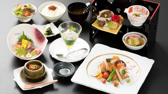 庭の食卓 四季 - 大分(懐石・会席料理)の写真2