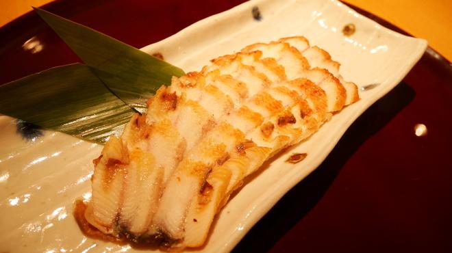 炭焼鰻 寝床 - 料理写真:うなぎの燻製