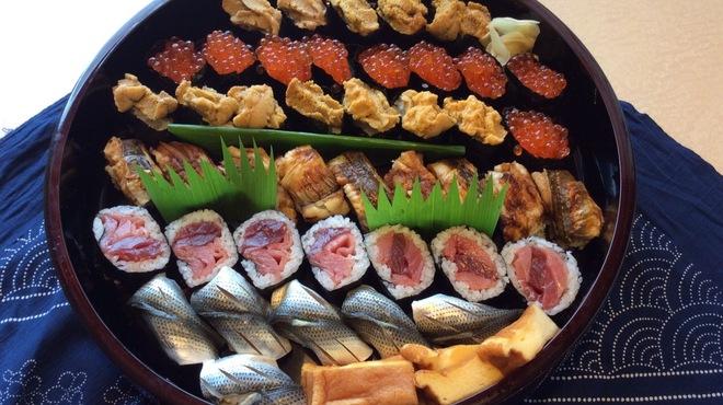 いしやま寿司 - メイン写真: