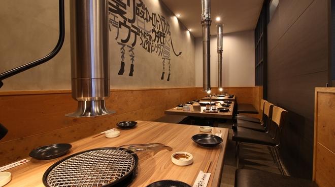 焼肉ぜっと KITAMACHI - 内観写真:1Fの個室は12名様~最大18名様まで収容可能