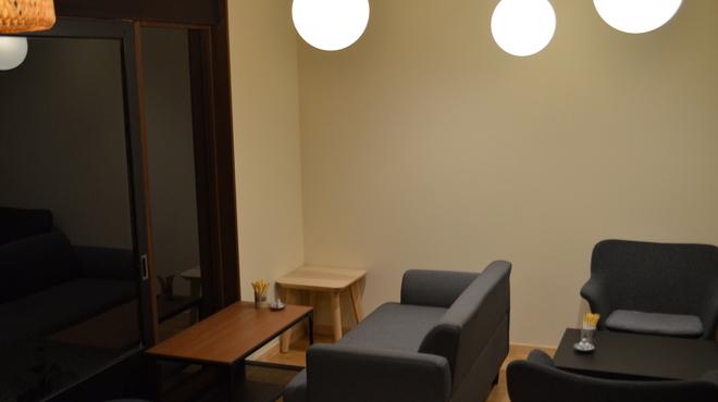 カフェ&ゲストハウス もやいや - メイン写真: