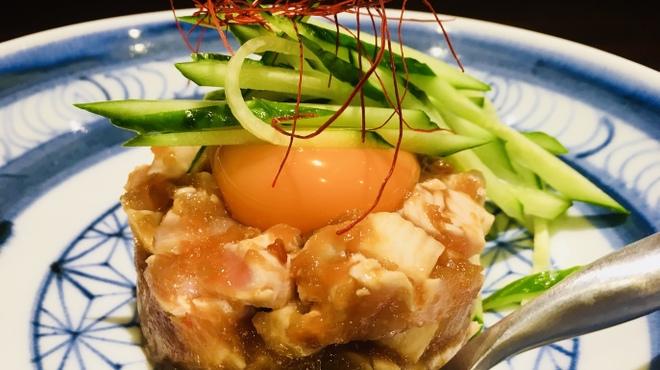 とり天 ルドゥー - 料理写真:胸肉と山芋のユッケ風