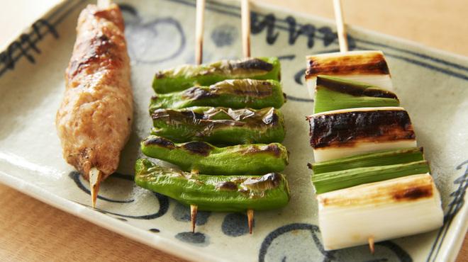 炭火やきとりと活な魚 串八珍 - メイン写真: