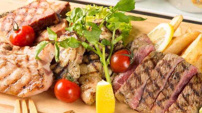 ビーフタッカルビ食べ放題 肉バルミート 吉田 - メイン写真: