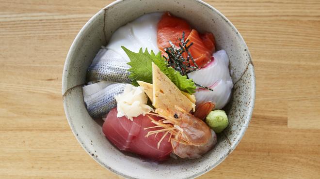 魚八&串八珍 - メイン写真: