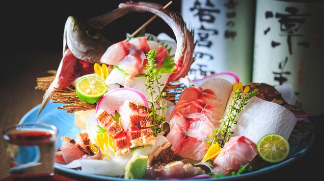 海鮮出汁居酒屋 淡路島の恵み だしや - メイン写真:
