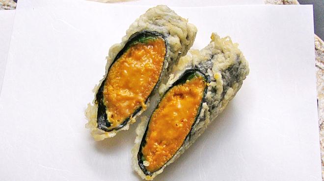 天ぷら新宿つな八 - 料理写真:うに海苔巻きの天ぷら