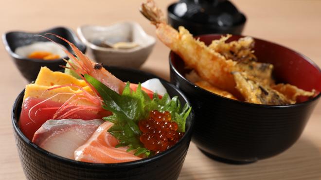 SUSHI TEMPRA すし天 - メイン写真:ランチ_海鮮丼と天丼のダブル丼