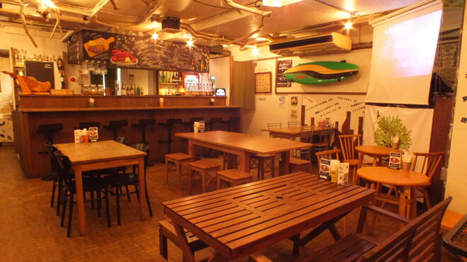 Cafe and Bar Lotta - メイン写真: