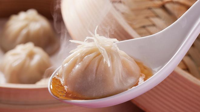 上海湯包小館 - 料理写真:湯包(正方形)