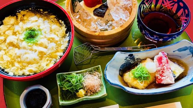 高台寺羽柴 - 料理写真:名物ゆばかけご飯と冷し豆腐膳