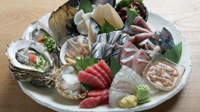 新橋魚金 - メイン写真: