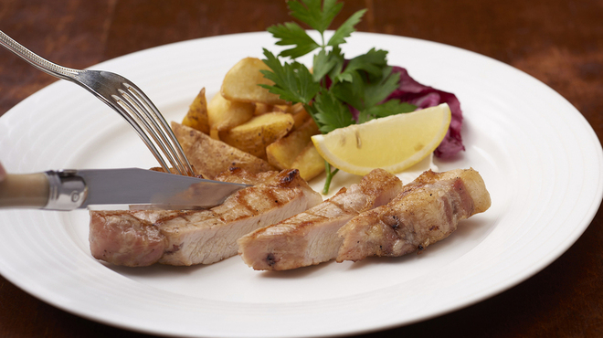 マーケットレストラン AGIO - 料理写真:炭火焼きポークランチ