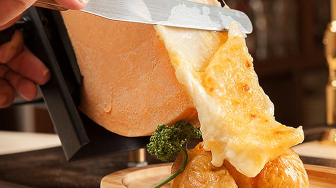 個室×ラクレットチーズ プラチナフィッシュ ガーデンキッチン  - メイン写真: