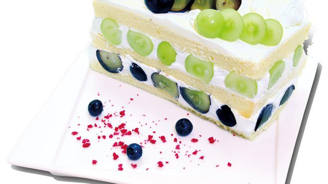 フォーシーズンズカフェ - 料理写真:【9月限定】瀬戸ジャイアンツ&ナガノパープルのプレミアムジャンボショートケーキ
