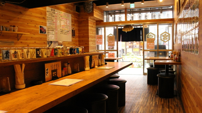 串焼鉄板酒場どん - メイン写真: