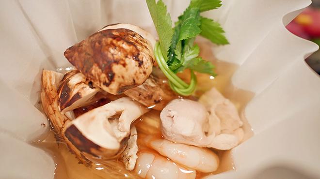 銘酒 魚の家 - 料理写真:松茸土瓶風紙鍋