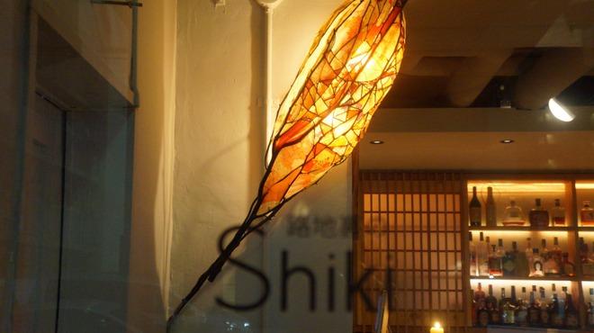 路地裏のShiki - メイン写真: