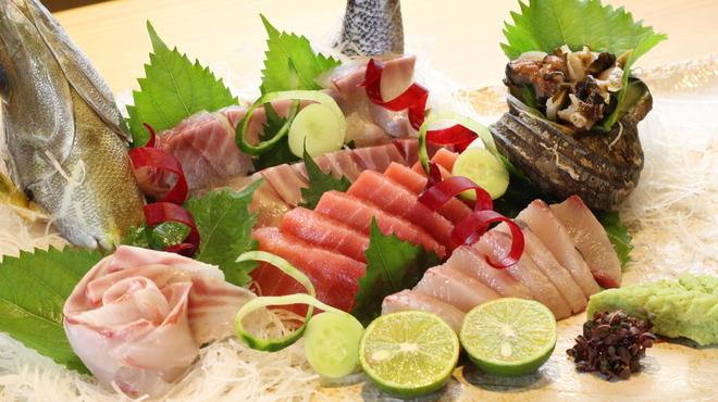 魚食処 一豊 - メイン写真: