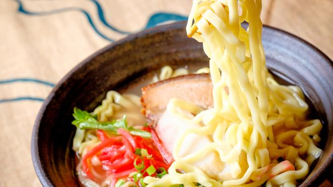 海鮮・かき・沖縄料理 わ - メイン写真: