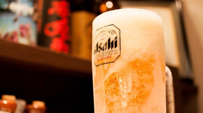 辛麺 華火 - ドリンク写真:アサヒスーパードライプレミアム 歌舞伎町で一番冷えたビール
