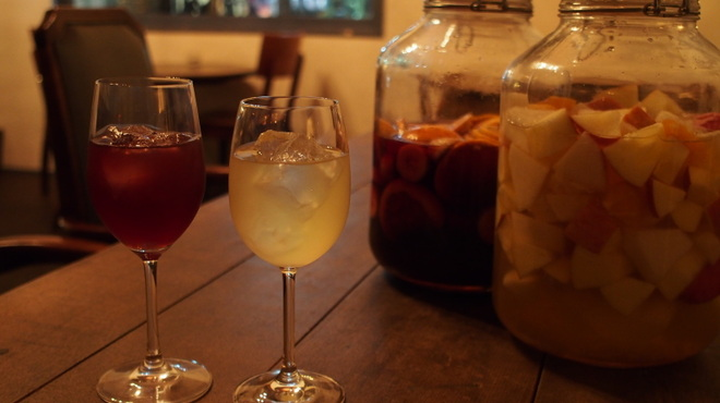 コローナ - 料理写真:自家製サングリア