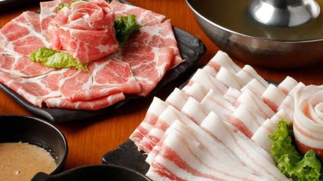 厳選島豚 しゃぶしゃぶ すきやき せいりゅう - メイン写真: