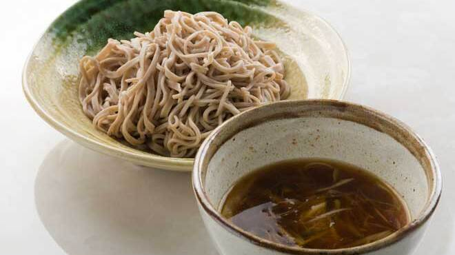 鳥蔵黒船  - 料理写真:水炊きスープの和風節つけ蕎麦