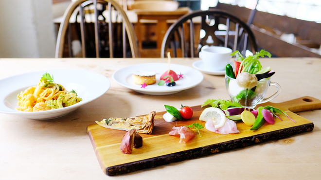 nR table - 料理写真:大人気のベジタブルランチ2500円