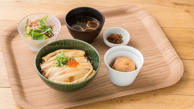 食のつむぎカフェ UMENOHANA エビスタ西宮店 - 料理写真: