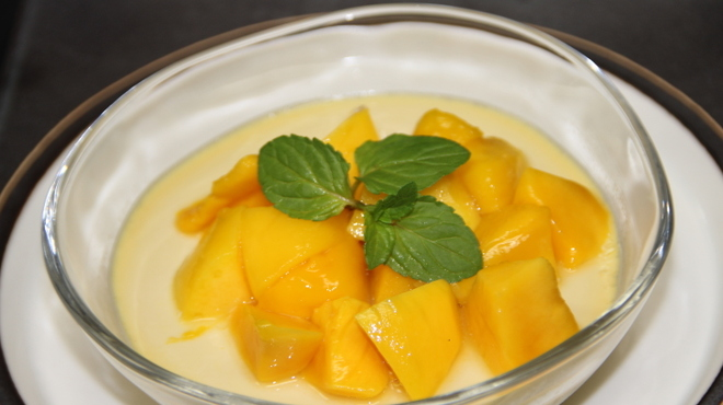 銀座 麒麟 - 料理写真:マンゴーたっぷり 四川山椒の香りと 爽やかな痺れのプリン