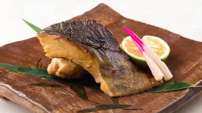 舶来屋黒船 - 料理写真:銀鱈の幽庵焼き