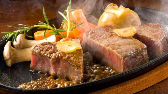 モダン個室 肉バル SAEMON - メイン写真: