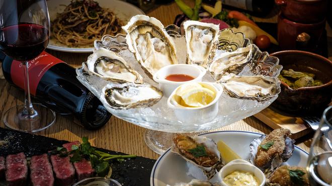 牡蠣とワインの店 アサドール・デル・マール - メイン写真: