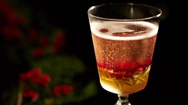 ナミキ667 - ドリンク写真:NAMIKI Festive Cocktail「667 Kiroyal」