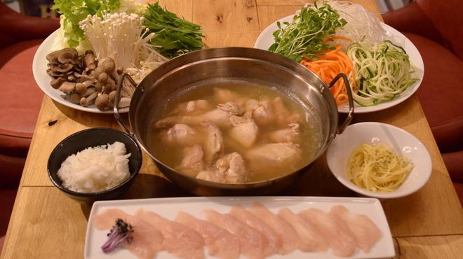 ぶどう枝焚焼き串焼き&ワイン BRANCH - メイン写真: