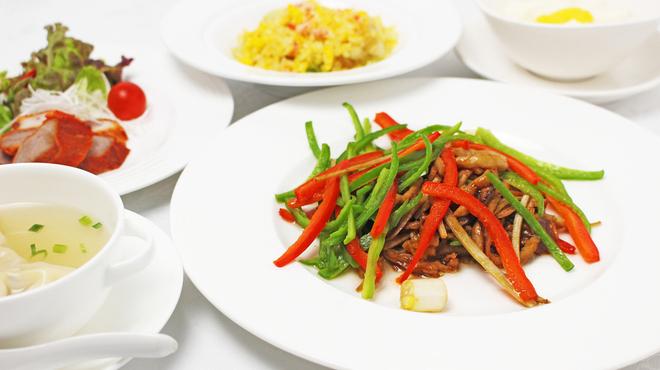 鎌倉山下飯店 - 料理写真:11月レディースランチ1600円男性もどうぞ