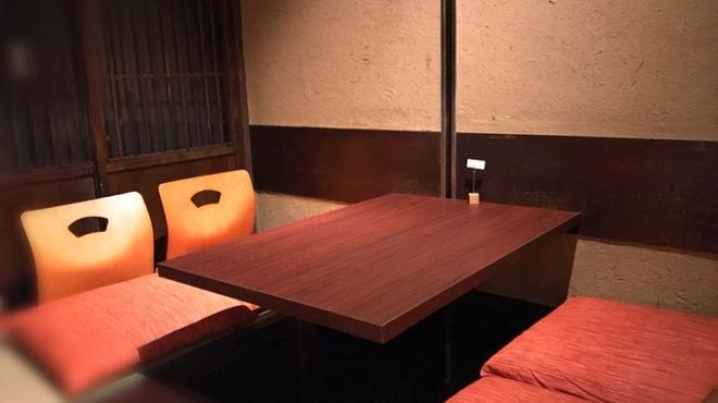 九州直送 熟成鮨 わだのや - 内観写真:掘りごたつ座敷