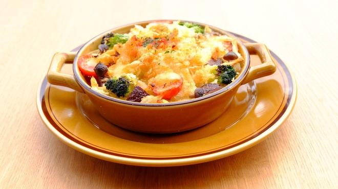 舞洲キッチン - 料理写真:季節野菜のグラタン 1,380円